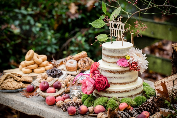 bloved-uk-wedding-blog-whimisical-woodland-wedding-inspiration-eppel-photography (5)