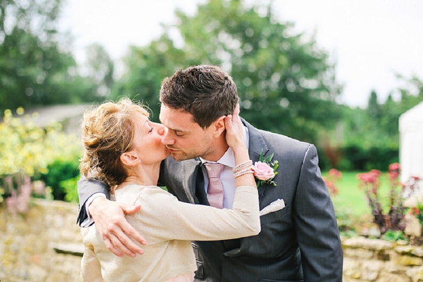 bloved-uk-wedding-blog-countryside-chic-wedding-belle-and-beau-photography(6)