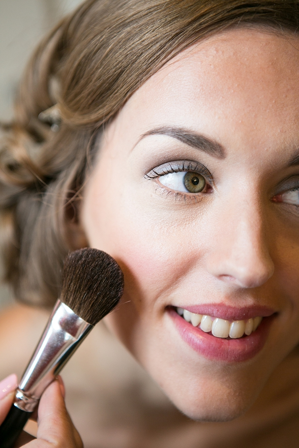 bloved-uk-wedding-blog-new-england-style-guide-vintage-makeup-tutorial-anneli-marinovich-photography (6)