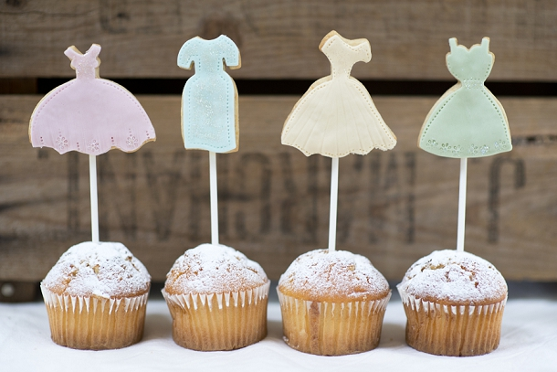 bloved-uk-wedding-blog-nila-holden-artisan-cookies (19)