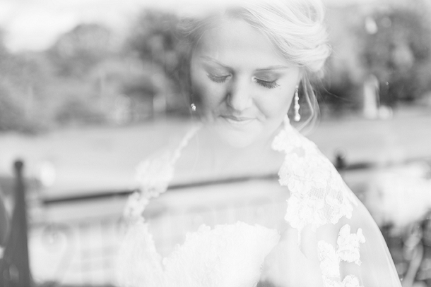 bloved-uk-wedding-blog-deconstructed-elegance-farm-wedding-louise-vorster (14)