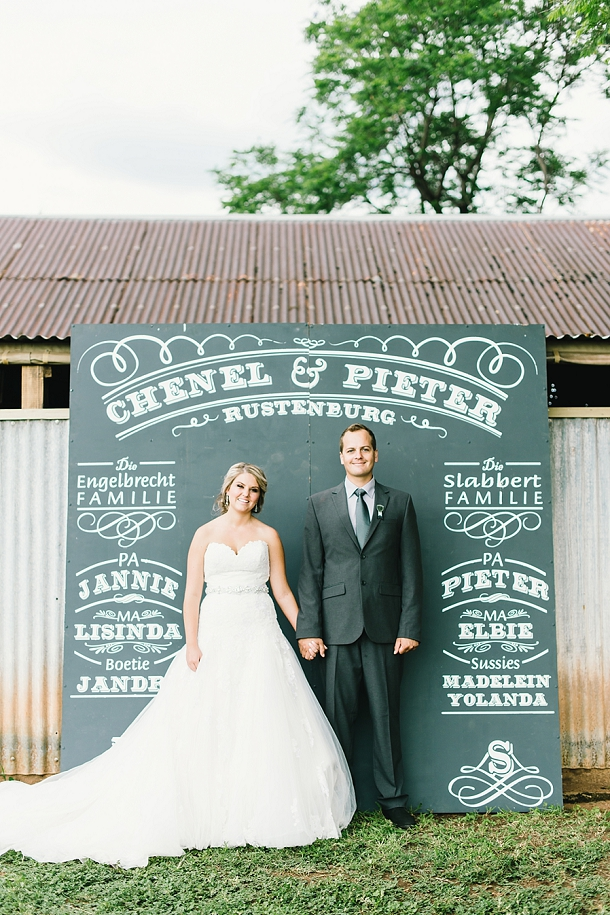bloved-uk-wedding-blog-deconstructed-elegance-farm-wedding-louise-vorster (36)