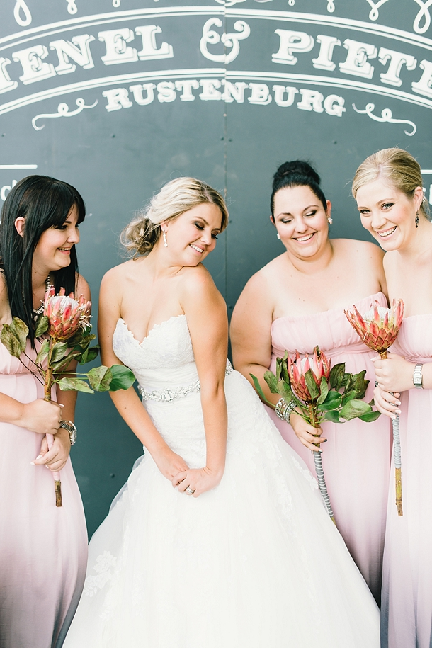 bloved-uk-wedding-blog-deconstructed-elegance-farm-wedding-louise-vorster (38)