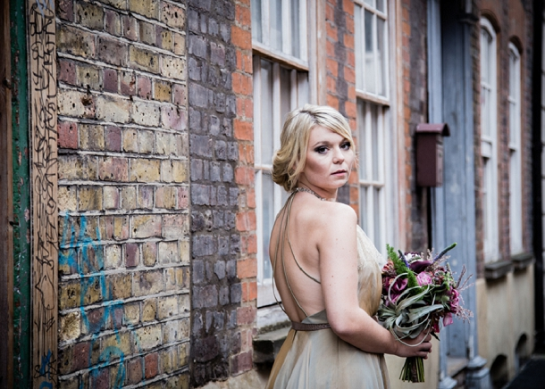 bloved-uk-wedding-blog-city-chic-meets-urban-style (12)