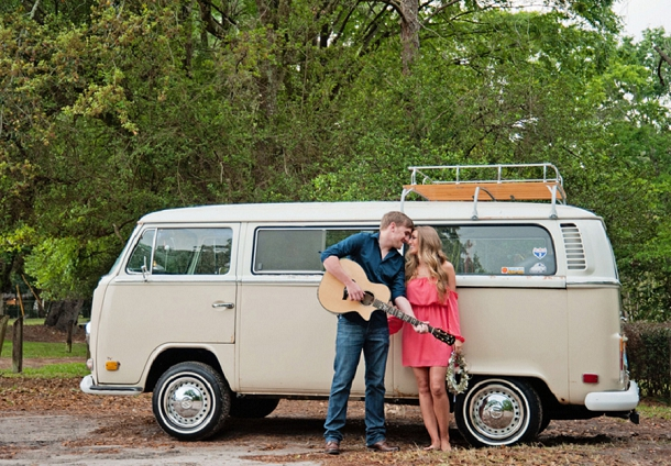 bloved-uk-wedding-blog-hippy-inspired-engagement-session (8)