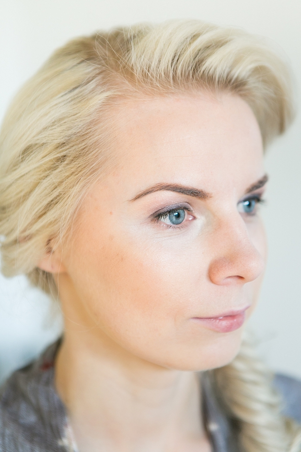 bloved-uk-wedding-blog-spring-green-style-guide-makeup-tutorial-anneli-marinovich (3)