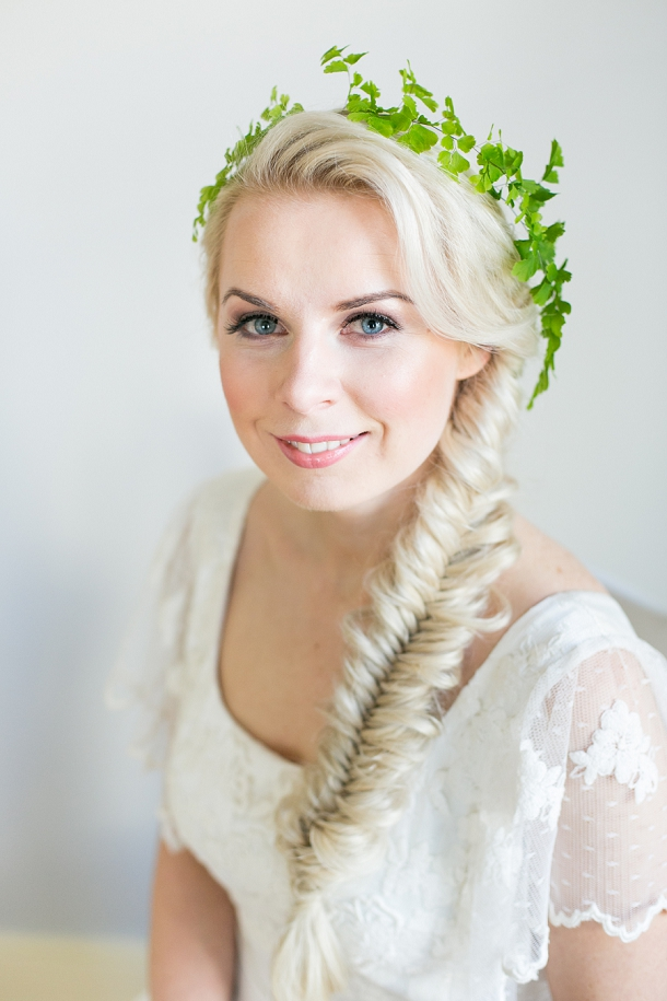 bloved-uk-wedding-blog-spring-green-style-guide-makeup-tutorial-anneli-marinovich (9)