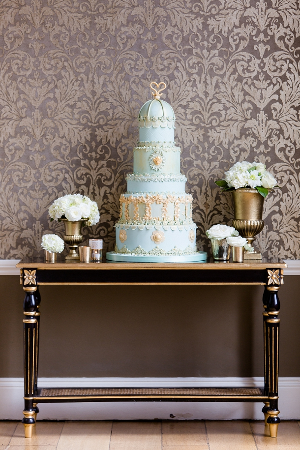 bloved-uk-wedding-blog-cakes-by-krishanthi-2014-opulent-collection-eddie-judd (6)