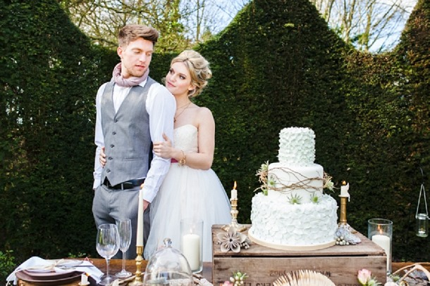 bloved-uk-wedding-blog-a-modern-fairytale-tatum-reid-photography (5)