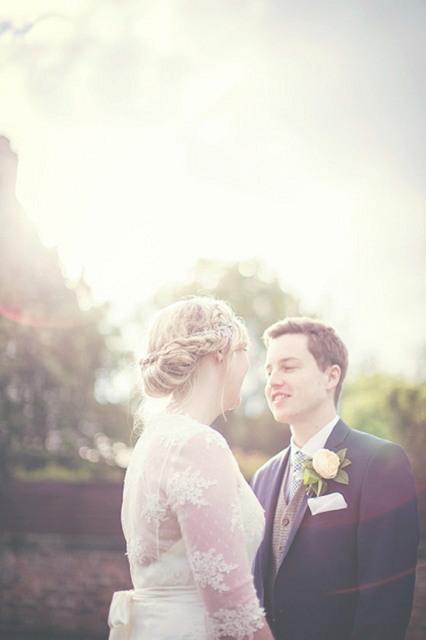 bloved-uk-wedding-blog-laura-keiran-rock-and-romance-wedding (42)