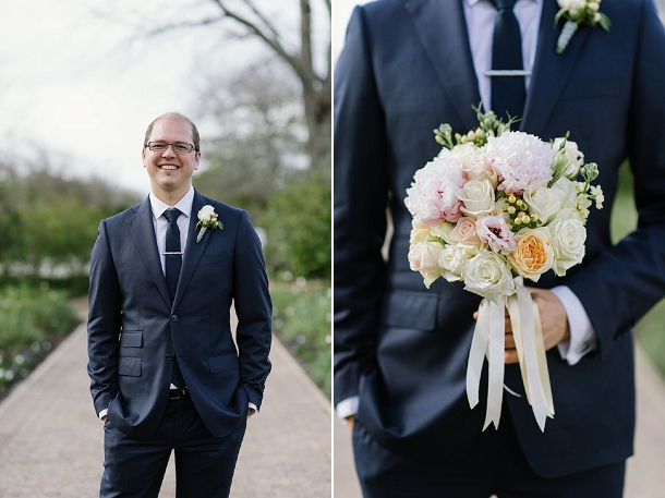 Peach & blush peony winter wedding bouquet by Studio Bloem