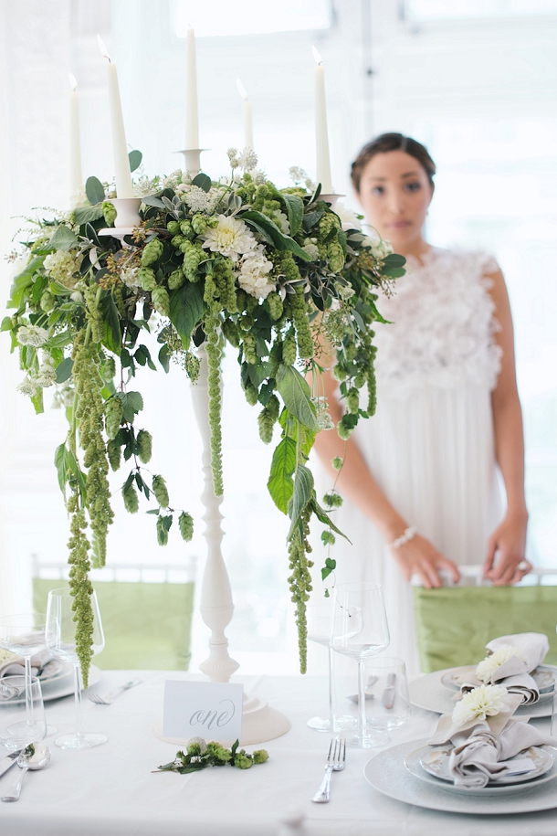 bloved-uk-wedding-blog-fresh-contemporary-green-white-inspiration-kate-nielen-photography (23)