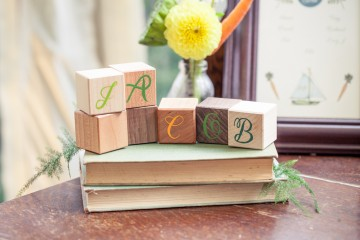 wooden block name cards