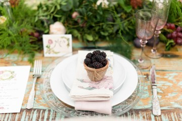 Blush and blackberry place setting with tableware from Zara Home