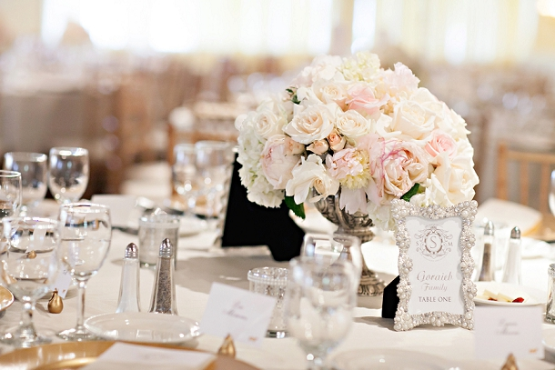 Romantic Blush & Gold Wedding by Melissa Vossler (6)