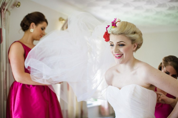 carrie bradshaw inspired wedding day style