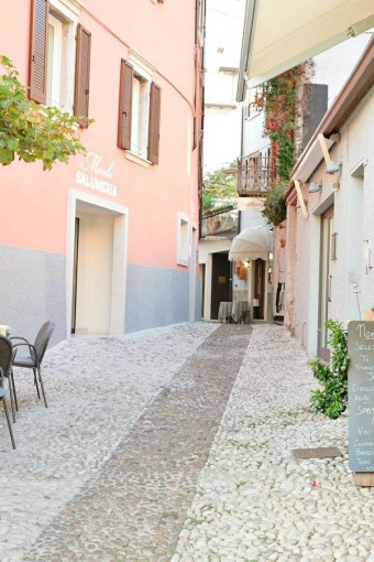 cobbled-streets-italy