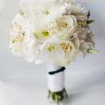 classic-white-wedding-bouquet
