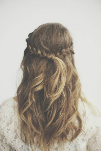 messy-plaited-wedding-hair