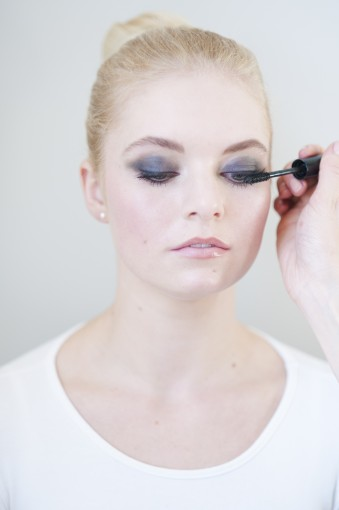 Smokey Eye Tutorial using MAC Lancome Chanel