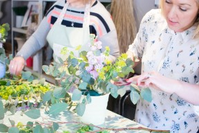 Lily & May floral workshop