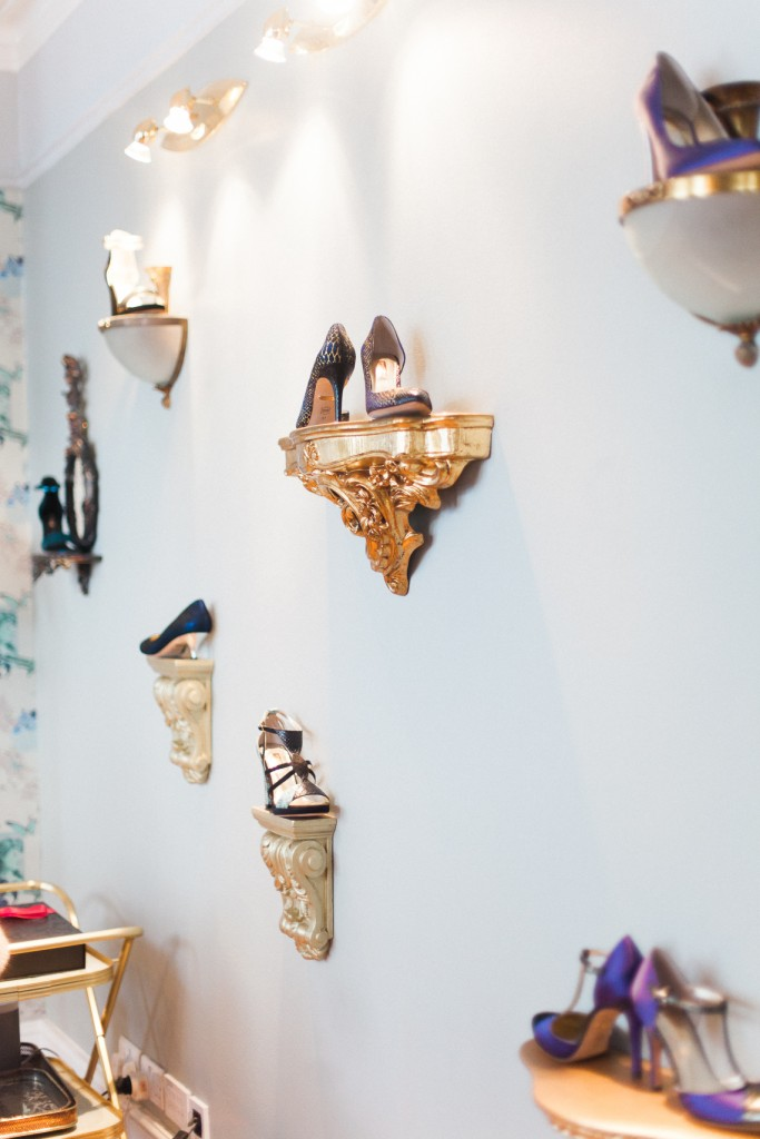Located Just Of Oxford Circus Above The Hustle And Bustle Street Shoppers Tourists Studio Is A Super Stylish Girly Haven