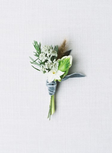 Blue & grey winter boutonieres