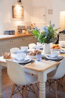 prezola kitchen table with sophie conran by portmerion