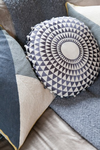 blue patterned cushions 2015 trends
