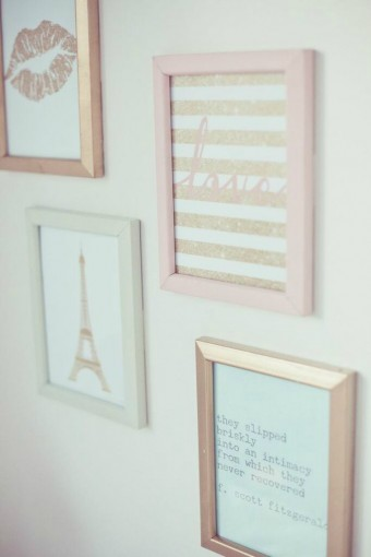 pastel-gallery-wall