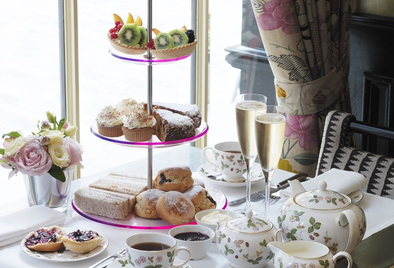 5 Pretty London Afternoon Tea Spots