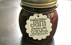 DIY-jam-wedding-favours