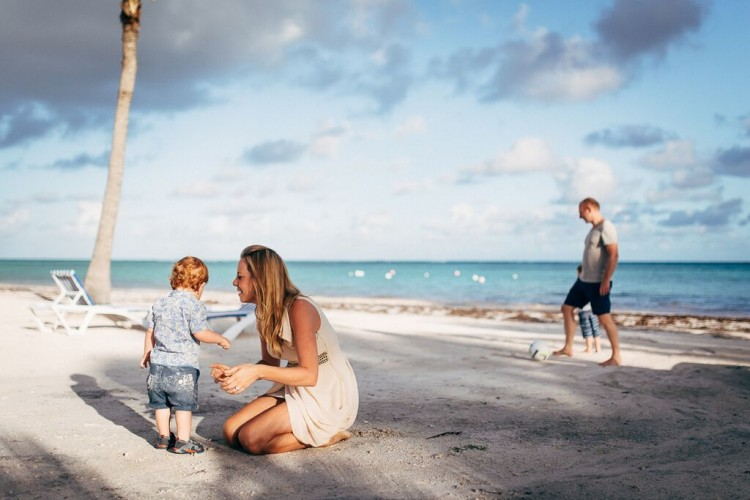 family-on-the-sand