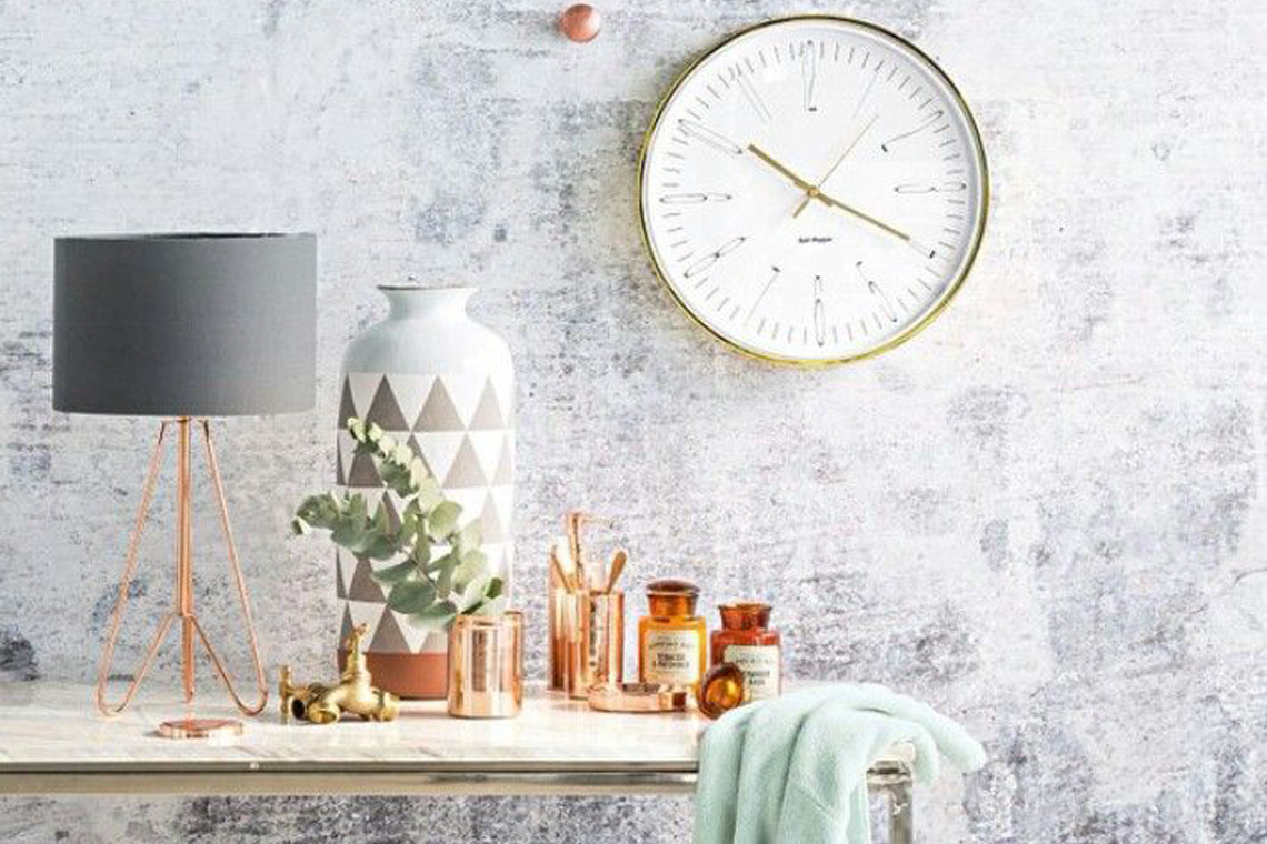 Modern copper home decor inspiration with grey and mint for Yellow wallpaper home decor
