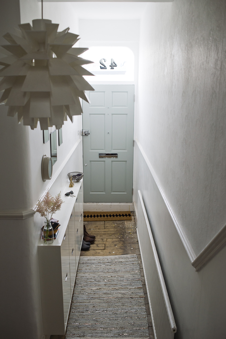 Cool Modern Grey Hallway Decor Inspiration