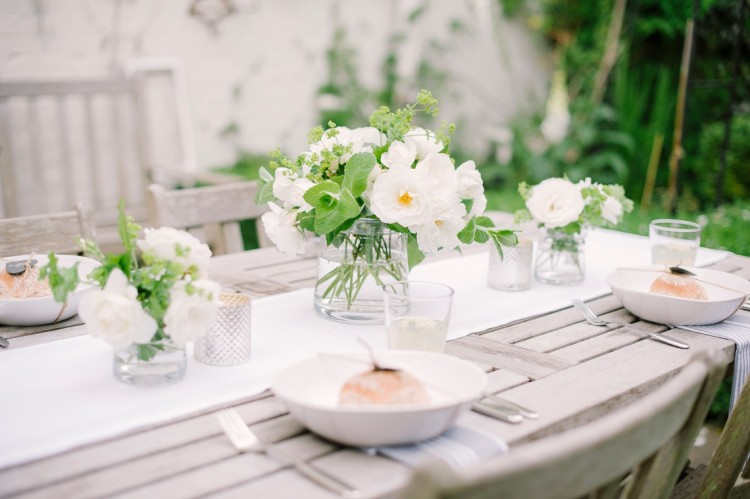 THREE TOP TIPS FOR SUMMER ENTERTAINING