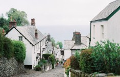 bloved-lifestyle-blog-travel-clovelly-village-north-devon-weddings (4)