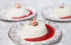 panna cotta with raspberry coulis recipe