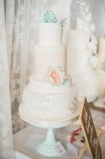 beautiful tiered wedding cake design