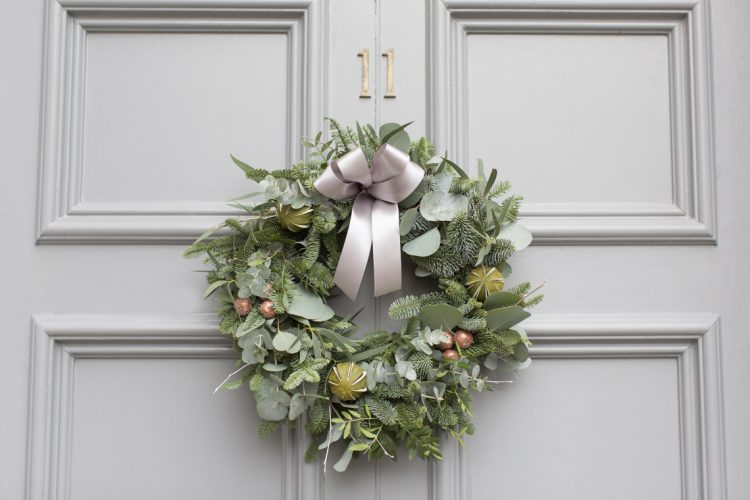 Lovely Christmas Wreath DIY by The Rose Shed