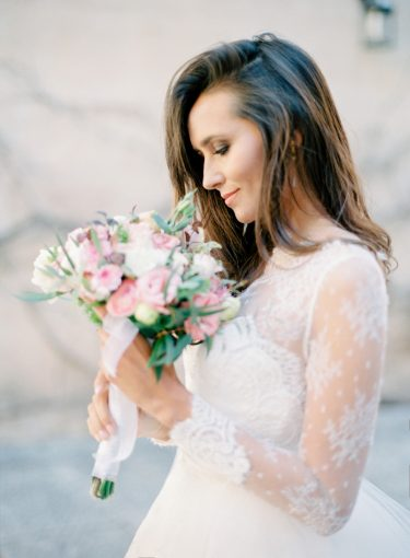 bridal portrait with wedding bouquet