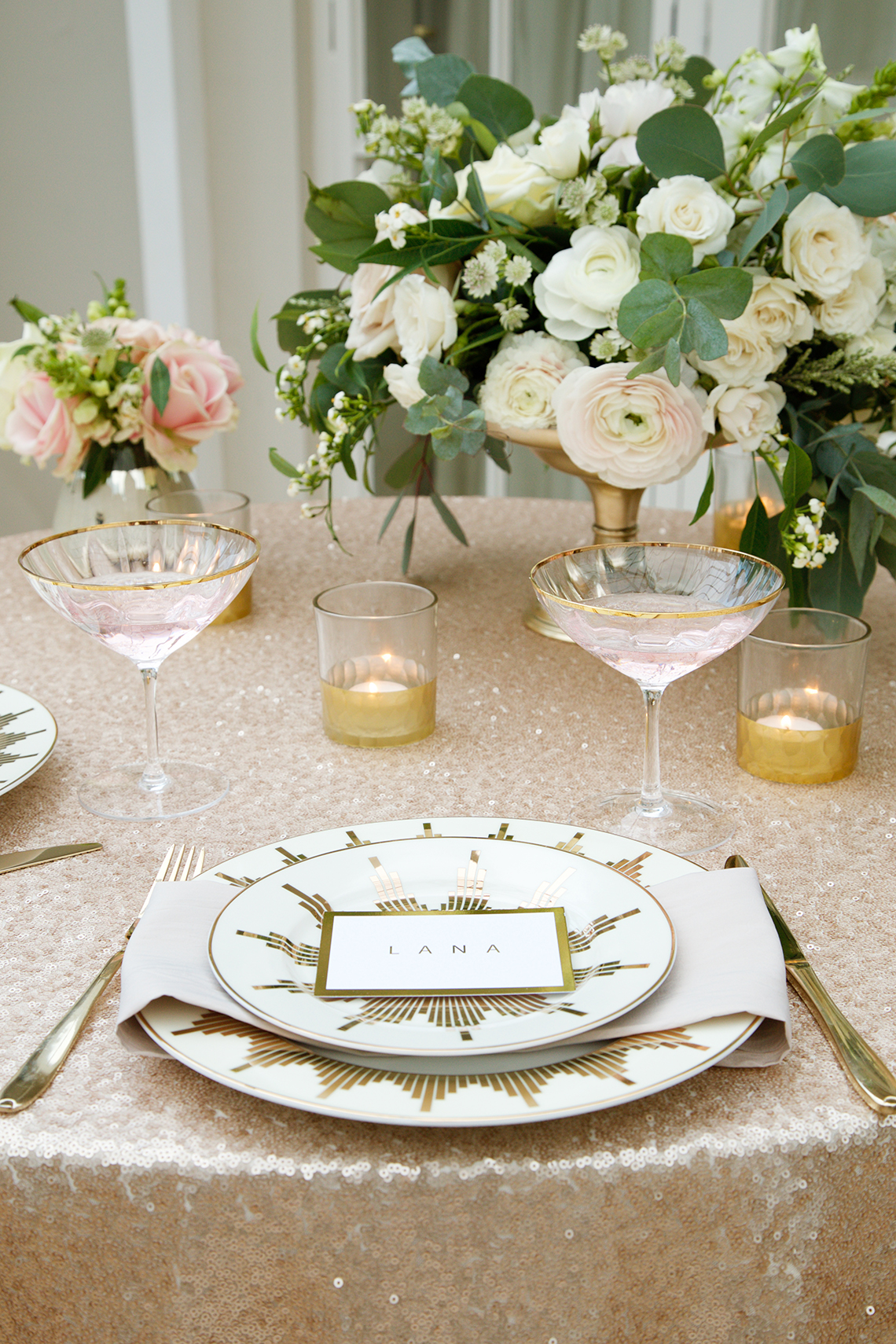 How To Create A Sophisticated Nude Tablescape For Your