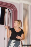 louise beukes talking at the bloved workshop for brides