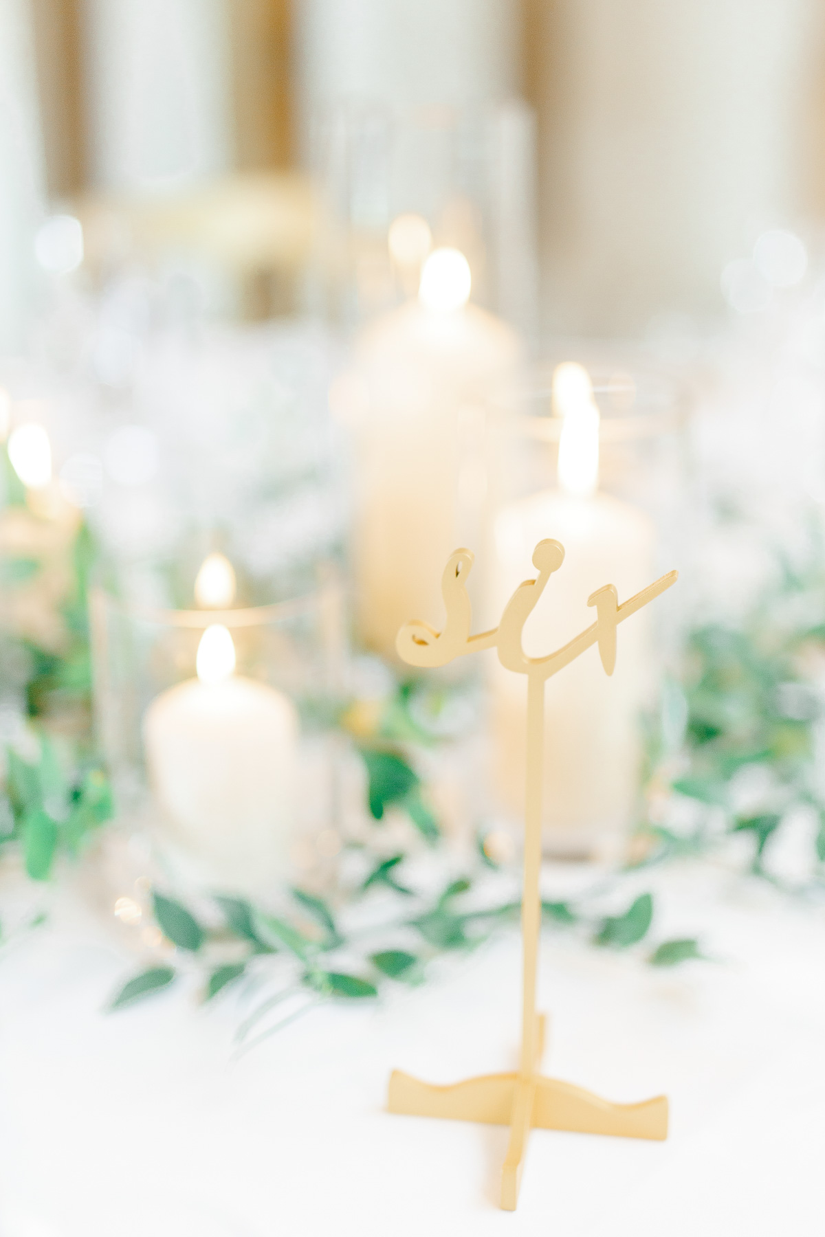 10 Wedding Lighting Ideas That Are Nothing Short of Magical pictures
