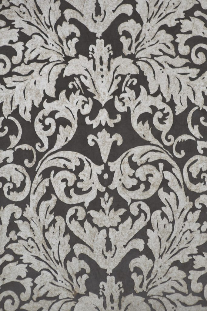 wallpaper damask pattern