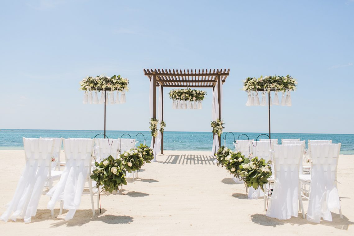 5 reasons to plan your luxe destination wedding at sandals for Plan a destination wedding