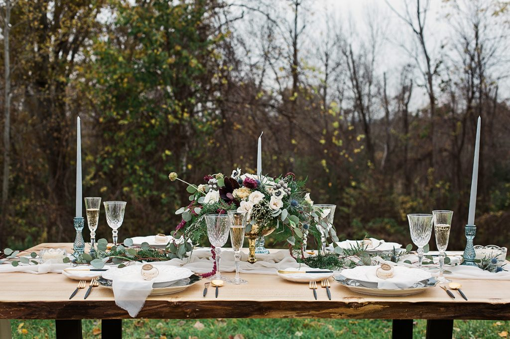 wedding table setting outdoors