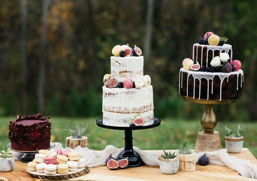 wedding cake dessert table with modern cakes designs