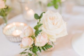 large white and small pink roses