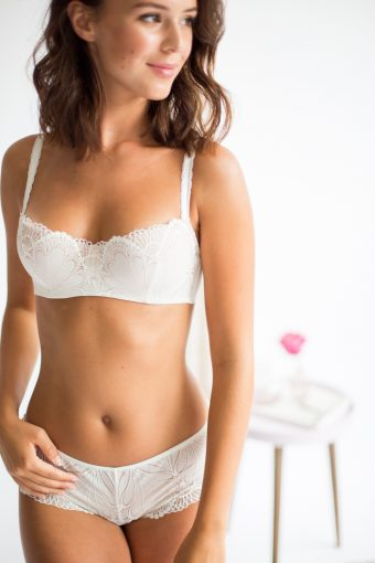 balcony style bridal lingerie bra by wonderbra